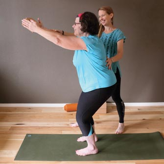 Susan enjoys hatha flow yoga in a yoga class in Vancouver, Washington at Yoga Mojo & Movement Therapy serving Washougal, Camas, Felida, Salmon Creek, Battle Ground, La Center, Ridgefield and Portland, Oregon.